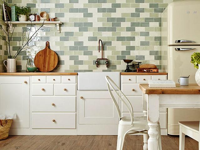 gạch ốp tường phòng bếp